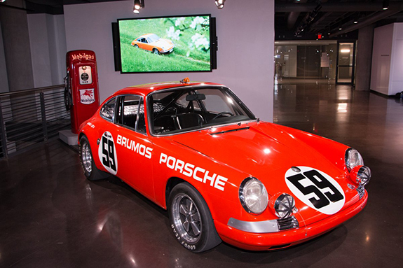 _such-as-this-brumos-racing-porsche-and-