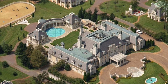 the-biggest-mansion-in-alabama-is-being-auctioned--and-it-could-be-the-buy-of-a-lifetime