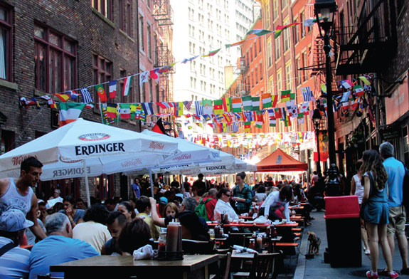 The restaurant scene on Stone Street