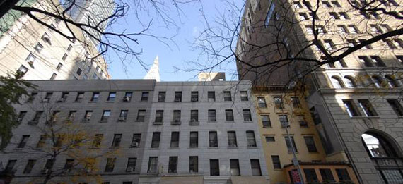 Ian Bruce Eichner's site at 41 East 22nd Street