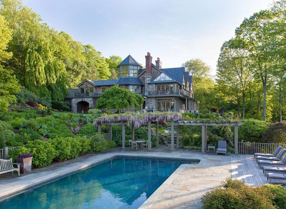 and-finally-here-is-one-last-glimpse-of-this-incredible-country-home