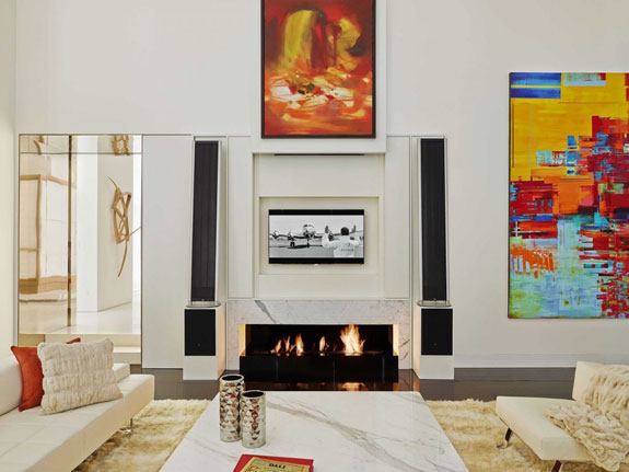 the-high-ceilings-in-the-living-room-make-the-area-feel-extra-spacious